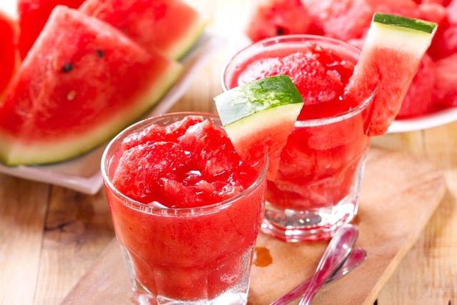 Suco de melancia e gengibre