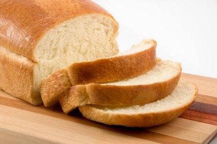 Receita de pão caseiro básico fácil de fazer